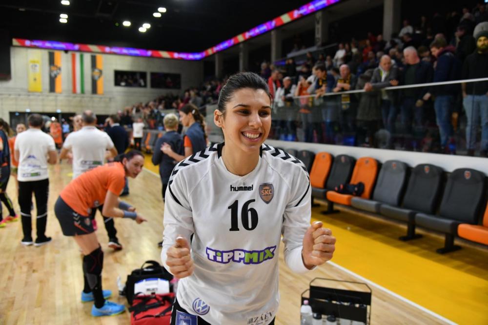 Kiütéses győzelem az EHF-kupában