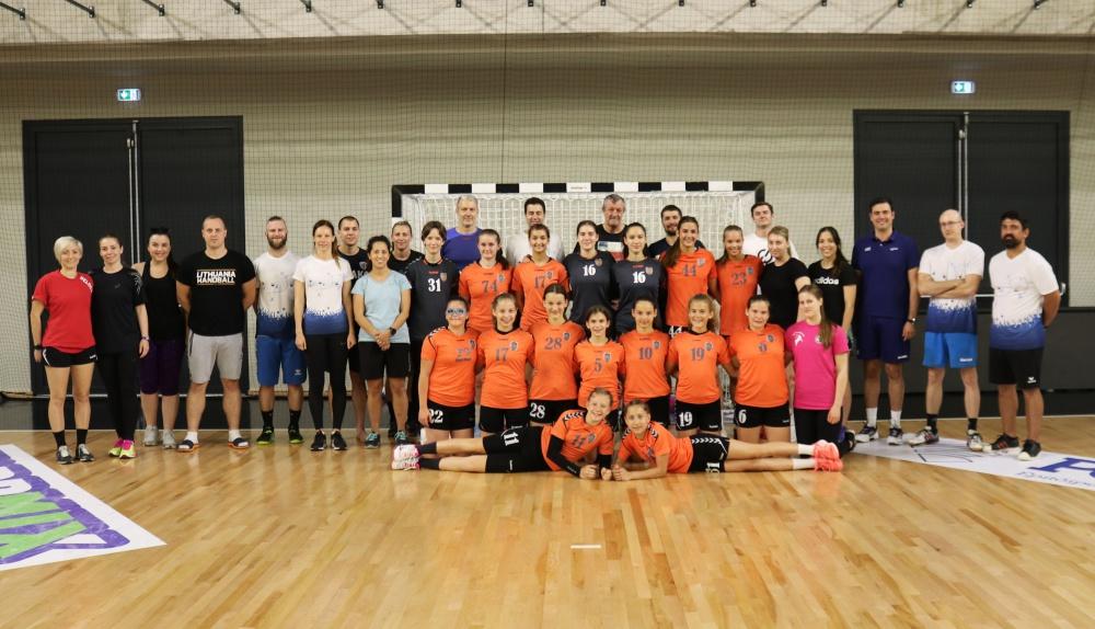 EHF edzőképzés és junior válogatott edzőtábor Siófokon